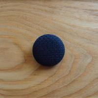 くるみボタン ブローチ (h5)