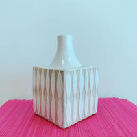 Vietnamese Vase[WHITE] / TREND in ASIA selected.