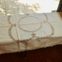 table cloth E