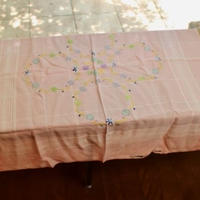 table cloth pink