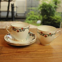 sutherland cup and saucer 2 set C