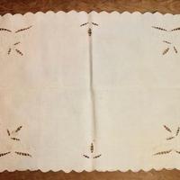 table cloth J
