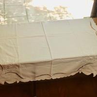 table cloth C