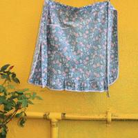 apron blue flower