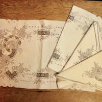 mat and napkin 2 set C