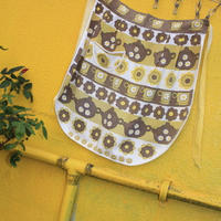 apron retro pattern yellow