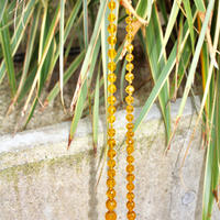 assorted neckless 50-60s yellow christal