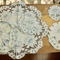 table linen set blue flower