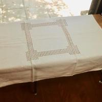 table cloth B