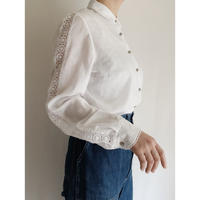 70's Euro Vintage Round Collar Lace Design Blouse