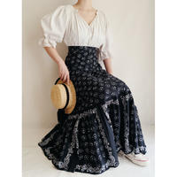 70's Euro Vintage Cotton Flower Printed Flare Skirt