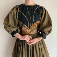 Euro Vintage Bicolor Volume Sleeve Dress With Ribbon