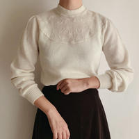 70's Euro Vintage Flower Embroidery  Knit Top