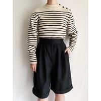 90's Euro Vintage Wide Silhouette Wool Half Pants