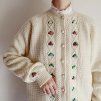 USA Flower Embroidery Knit Cardigan