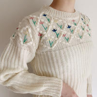 80's Euro Vintage Flower Embroidery Knit Sweater