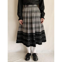 Euro Vintage Plaid Flare Long Skirt