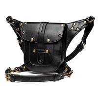黒革のレッグバッグ