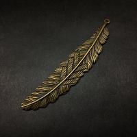 『大きな羽』金属素材  8.5cm
