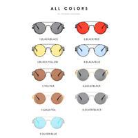 多彩な丸い眼鏡