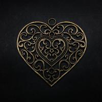 『大きな心』金属素材 5.5cm