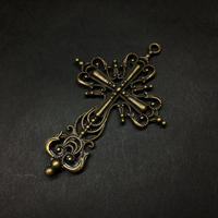 『銅色の十字架』金属素材 63mm