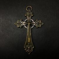 『華麗な銅十字架』金属素材 6.7x4cm