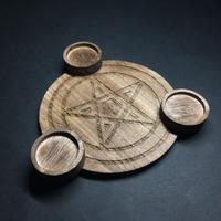 魔女の燭台(しょくだい) 木製燭台 五芒星