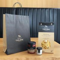 【STILLROOM限定】ロゴ入りペーパーバッグ付き ミニトリュフ塩、トリュフ入りトマトソースとタリアテッレパスタの詰め合わせセット