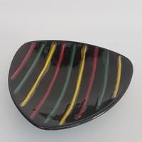 1960's DDR(東ドイツ) VEB haldensleben カラフルストライプの黒い飾り皿