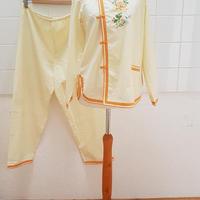 レディースヴィンテージパジャマXS-M/ made in CHINAのチャイナスタイルのパジャマ**トラウザーのウエストゴムが欠損しています
