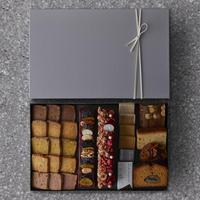 【2021 ホワイトデー限定】シュマン ショコラテリーヌフリュイとシュマンピスターシュと焼菓子詰合せ