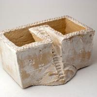 陶器製 多肉植物の欲しがる植木鉢 C-35-2837