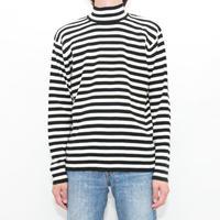 Black × White Border Knit