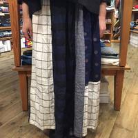 【NATURAL LAUNDRY】 先染シャーリング×ドットプリントパネルスカート