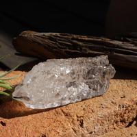 アイスクリスタル ヒマラヤ水晶 パキスタンシガール スカルドゥ産 スフェン(くさび石入り)