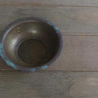 真鍮の洗面器