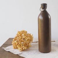 純銅製のワインボトル
