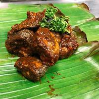 Ambul Thiyal (Sour Fish Curry)
