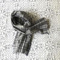 #150 Khadi Madras Stole (Gray)