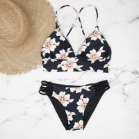 即納 A-string reversible long under bikini White flower