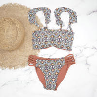 即納 Jointed frill reversible bandeau bikini Tile