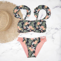 即納 Jointed frill reversible bandeau bikini Tropical