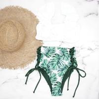 即納 V-line frill high waist reversible bikini Green