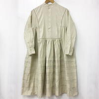 Band Collar Pintuck Gathered Dress / Sand Beige