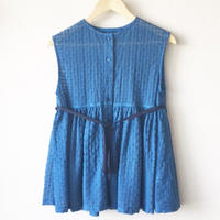 indigo-dyed sleeveless gathered peplum blouse / 03-8108003
