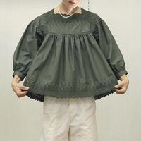 square neck blouse / 03-9208005