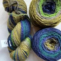 ラトビアのマルチカラーの毛糸