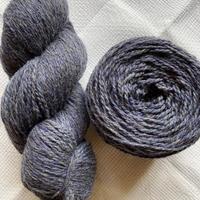 ラトビアのツイード毛糸