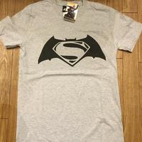 BATMAN v SUPERMAN グレー